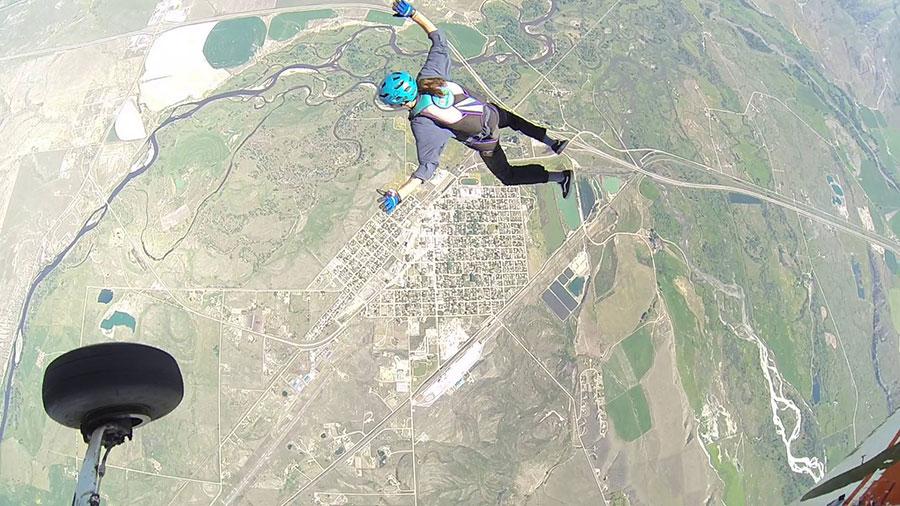 DZONE Skydiving - Bozeman Dropzone Image