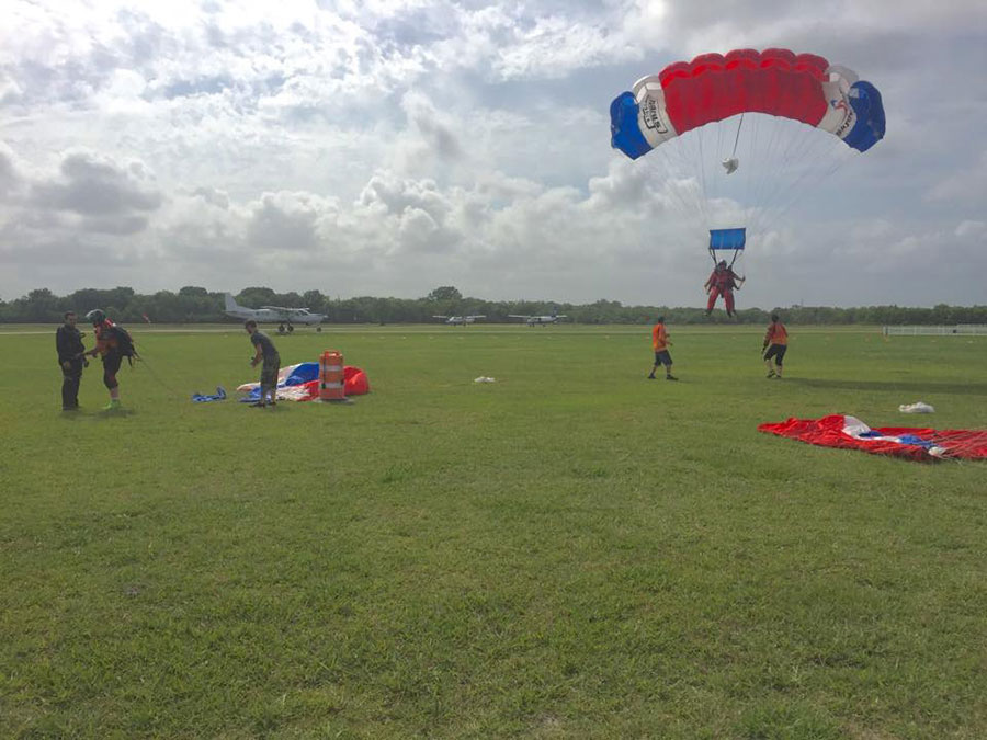 Skydive Spaceland Houston Dropzone Image