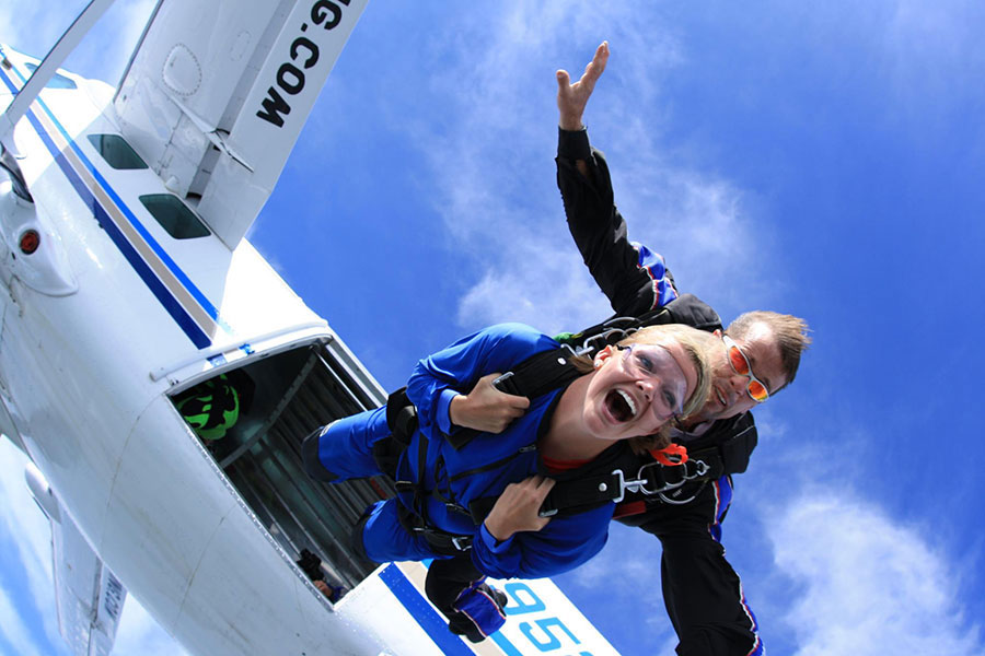 Start Skydiving Dropzone Image