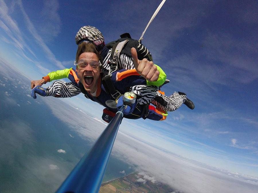 Abeille Parachutisme Dropzone Image