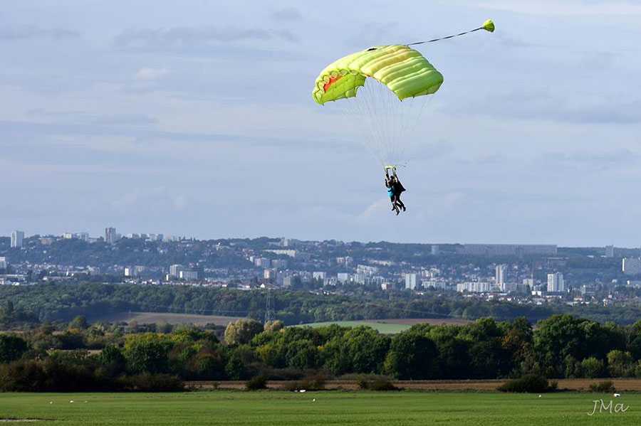 Parachute Nancy (EFPNL) Dropzone Image