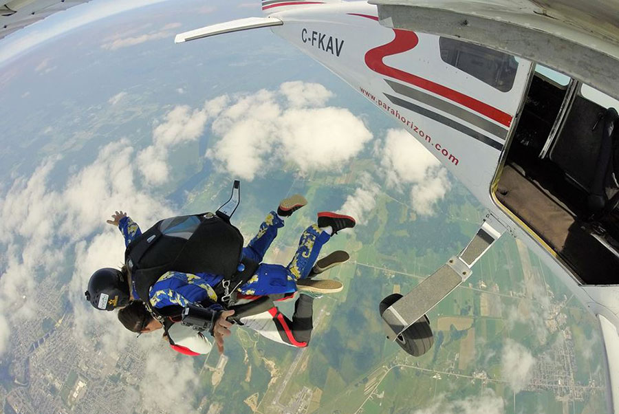 Parachute Horizon Dropzone Image