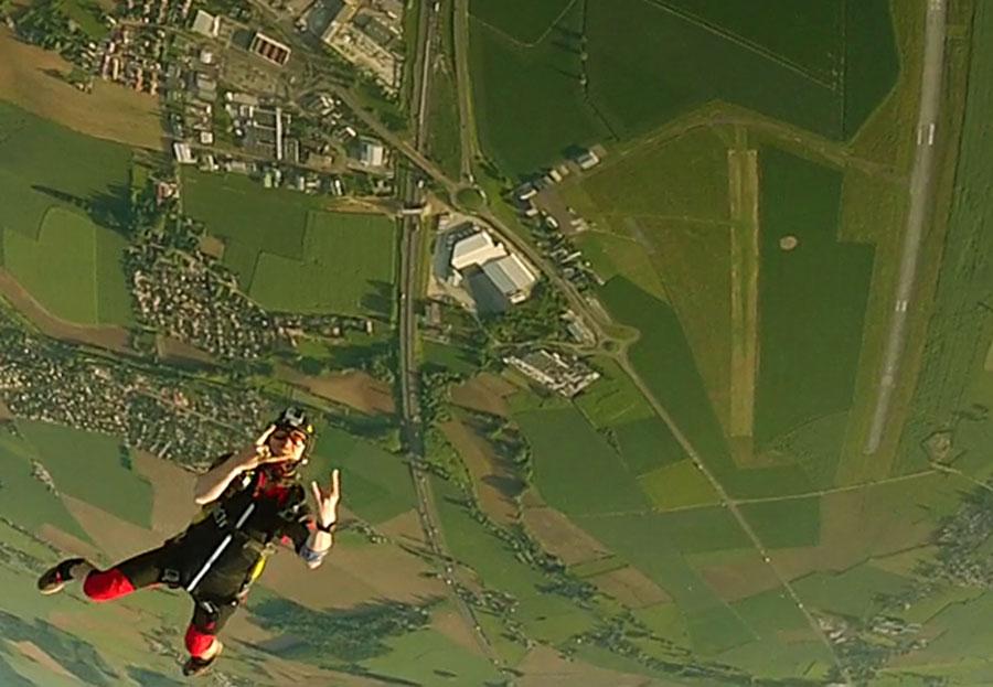 Parachutisme 71 Dropzone Image