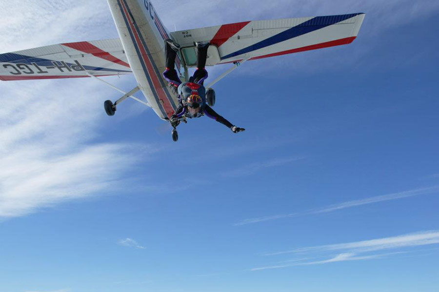 Parachutisten Centrum Midden Nederland (PCMN) Dropzone Image