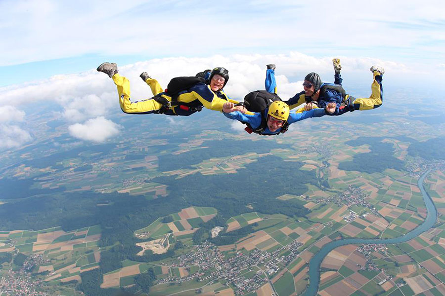 Skydive Grenchen Dropzone Image