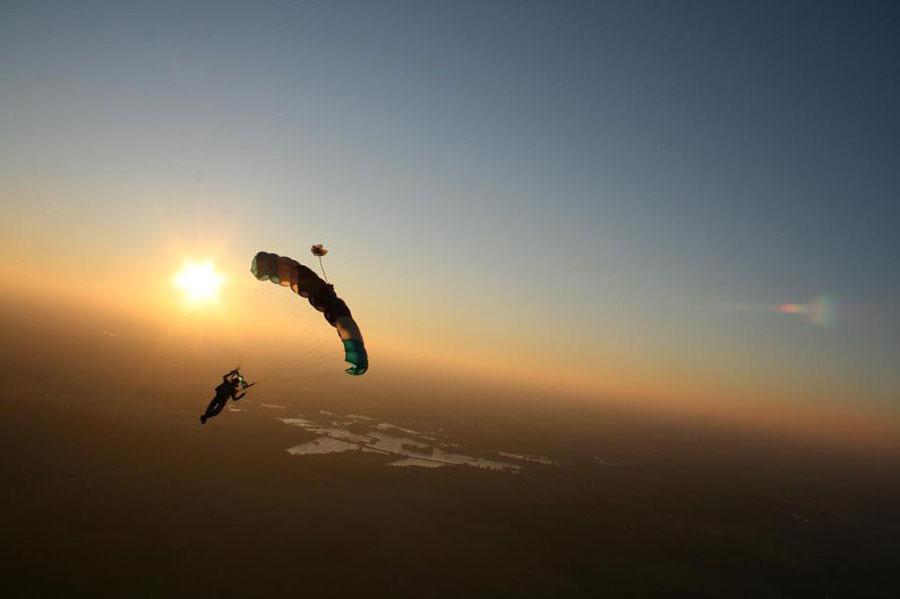 Skydive Meido Fallschirmsprungplatz Dropzone Image