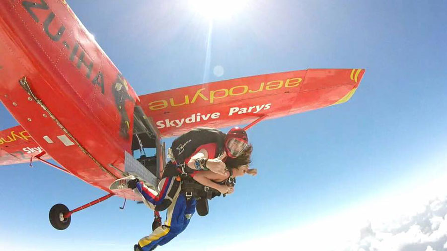 Skydive Parys Dropzone Image