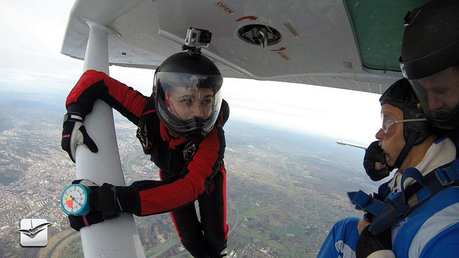 Skydiving Tandem Group Split Dropzone Image