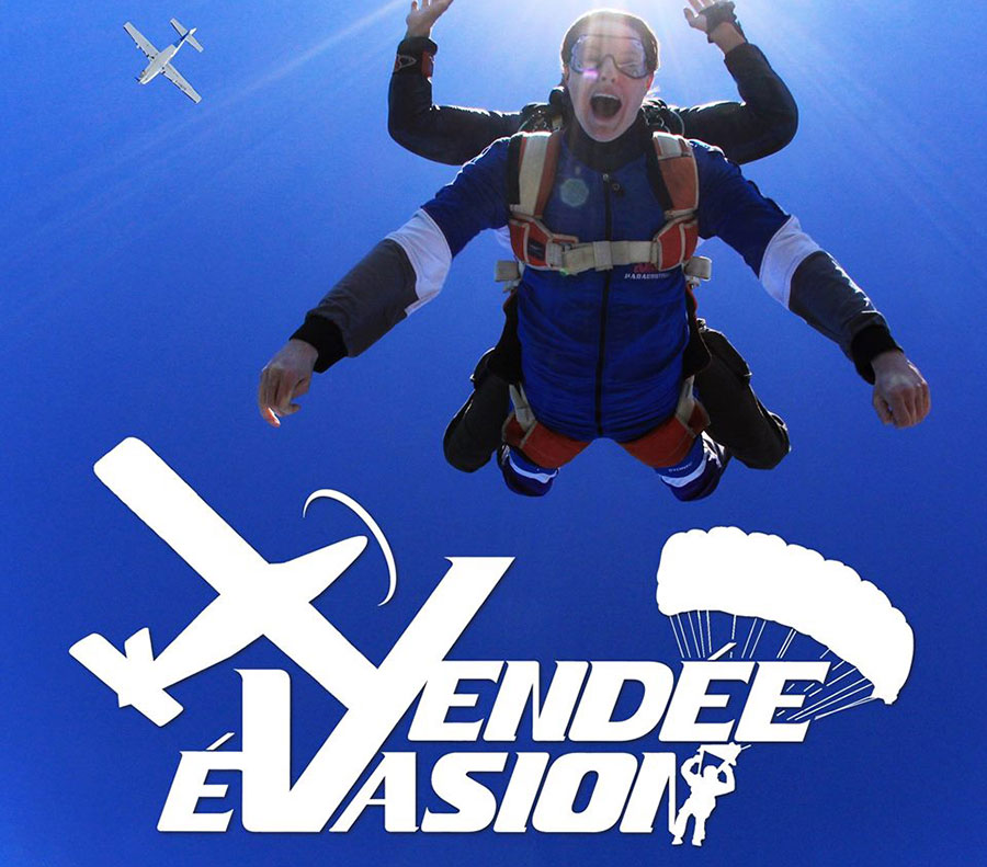 Vendée Evasion Parachutisme Dropzone Image