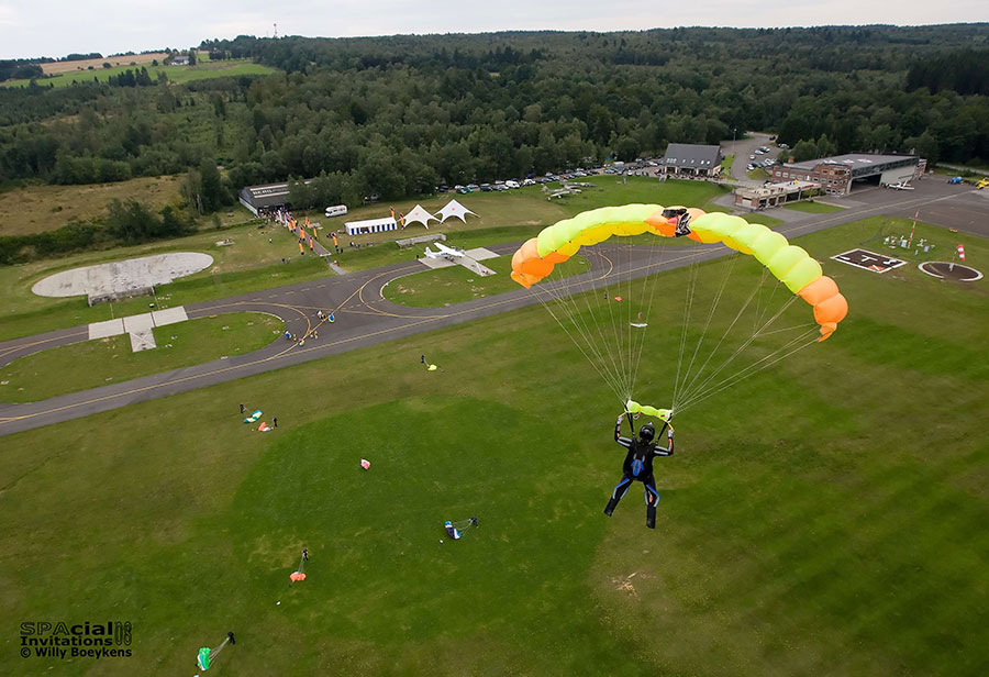 Skydive Spa Dropzone Image