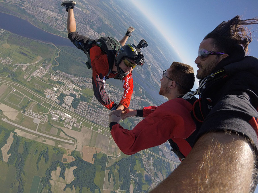Parachute Go Skydive - Gatineau, Canada | Skydiving Source
